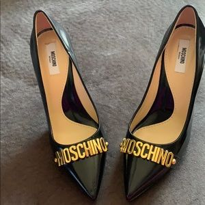 Moschino Pumps, never worn